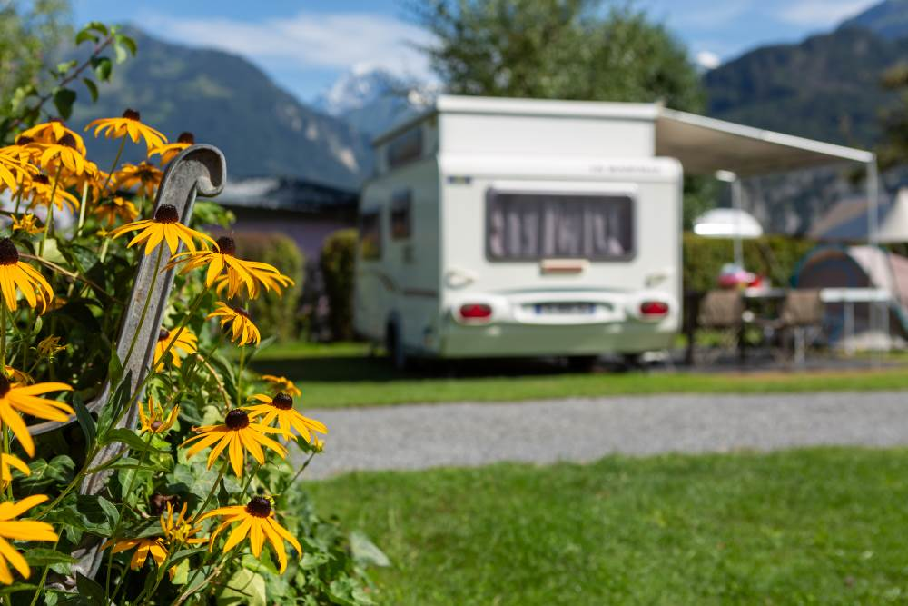 Do you have a question regarding a camping trip to the holiday region of Interlaken - Lake Brienz - Lake Thun, Switzerland?